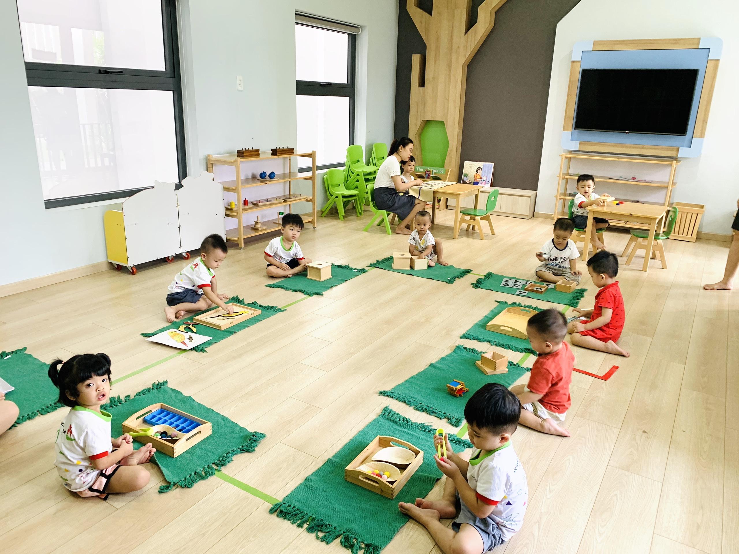 Rèn luyện tính tự lập cho bé từ 0 - 6 tuổi bằng Montessori